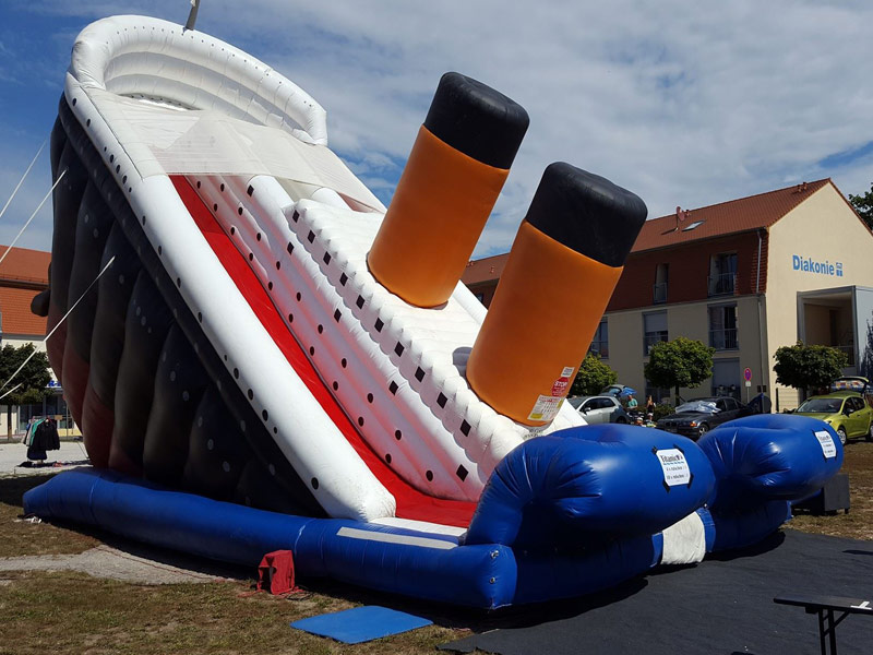 XXXXL Titanic Riesenrutsche
